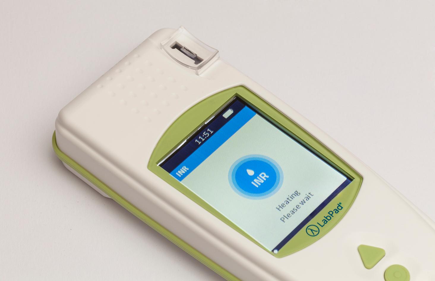 Le LabPad® un dispositif fiable pour la surveillance anticoagulant