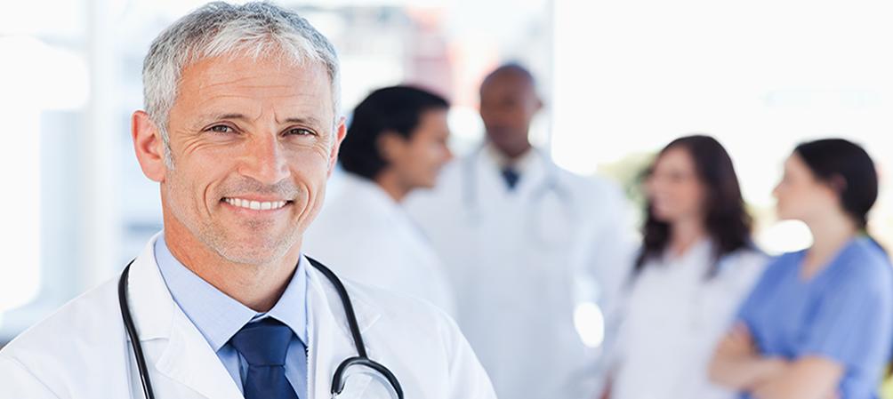 Dispositif médical de surveillance INR adapté aux pratiques médicales